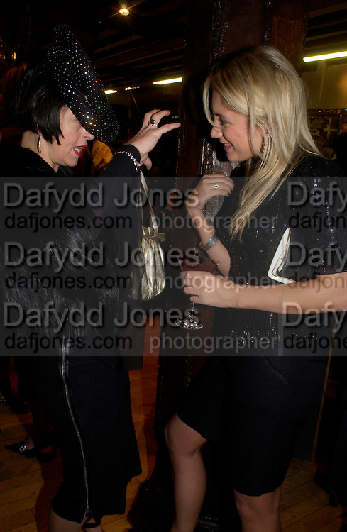 Isabella Blow and Jessica Andrews, Party hosted by Isabella Blow in honour of Shaun Leane to celebrate his jewelry collection. Liberty's. London. 8 December 2004. ONE TIME USE ONLY - DO NOT ARCHIVE  © Copyright Photograph by Dafydd Jones 66 Stockwell Park Rd. London SW9 0DA Tel 020 7733 0108 www.dafjones.com