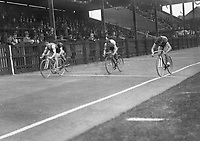 H2605<br /> Aonach Tailteann Athletics. Competitor in a cycling event.<br /> 1932 (Part of the Independent Newspapers Ireland/NLI Collection)
