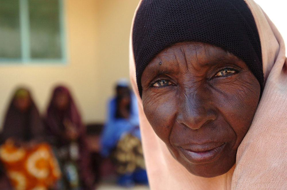 Fadumo Mohamed Ibrahim, waits outside the counseling drop-in center at Hagadera Refugee Camp in Dadaab, Kenya.September 14, 2006. ..Photograph by Erin Lubin
