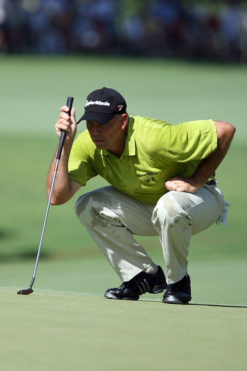 11 August 2007: Tom Lehman analyzes the 3rd green during the third round of the 89th PGA Championship at Southern Hills Country Club in Tulsa, OK.