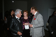 Nicky Haslam, Cilla Black and Ed Victor, ' Show Off' Theo Fennell exhibition co-hosted wit Vanity Fair. Royal Academy. Burlington Gdns. London. 27 September 2007. -DO NOT ARCHIVE-© Copyright Photograph by Dafydd Jones. 248 Clapham Rd. London SW9 0PZ. Tel 0207 820 0771. www.dafjones.com.
