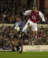 Photo: Greig Cowie<br />Champions League Second Group Stage. Group B Arsenal v Ajax. 18/02/2002<br />Gilberto and Maxwell collide