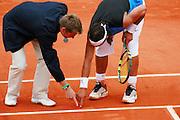 Roland Garros. Paris, France. June 3rd 2006..Rafael Nadal talking to the judge during his game against Paul-Henri Mathieu.