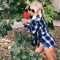 """Fergie releases a photo on Instagram with the following caption: """"Don\u2019t take yourself too seriously \ud83d\ude09\ud83d\ude09\ud83c\udf39\ud83c\udf39"""". Photo Credit: Instagram *** No USA Distribution *** For Editorial Use Only *** Not to be Published in Books or Photo Books ***  Please note: Fees charged by the agency are for the agency's services only, and do not, nor are they intended to, convey to the user any ownership of Copyright or License in the material. The agency does not claim any ownership including but not limited to Copyright or License in the attached material. By publishing this material you expressly agree to indemnify and to hold the agency and its directors, shareholders and employees harmless from any loss, claims, damages, demands, expenses (including legal fees), or any causes of action or allegation against the agency arising out of or connected in any way with publication of the material."""