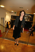 Fiona Shaw, Sadler's Wells Celebrates. Benefit evening for Sadler's Wells hosted by Angela Bernstein and Alistair Spalding. The Royal Horticultural Halls. London. 25 September 2006. -DO NOT ARCHIVE-© Copyright Photograph by Dafydd Jones 66 Stockwell Park Rd. London SW9 0DA Tel 020 7733 0108 www.dafjones.com