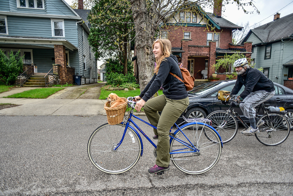 Residents on their bicycles at Block to Lock: Bike for the Earth Day.