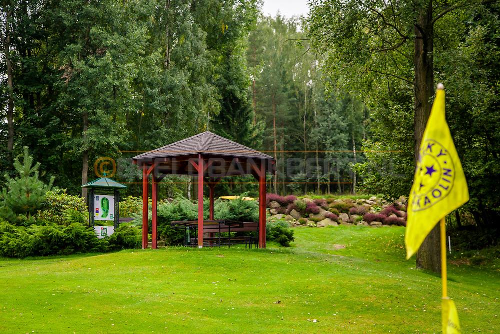 21-09-2015: Golf Resort Karlovy Vary in Karlovy Vary (Karlsbad), Tsjechië.<br /> Foto: Overal fraaie afdakjes