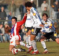 Fotball tipeligaen treningskamp Rosenborg - Tromsø, 23.03.07<br /> Lars Iver Strand mot Daniel Braaten, Roar Strand<br /> Foto: Carl-Erik Eriksson, Digitalsport