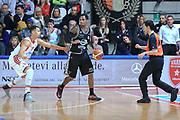 DESCRIZIONE : Varese Lega A 2013-14 Cimberio Varese Granarolo Bologna<br /> GIOCATORE : Hardy Dwinght<br /> CATEGORIA : Palleggio <br /> SQUADRA : Granarolo Bologna<br /> EVENTO : Campionato Lega A 2013-2014<br /> GARA : Cimberio Varese Granarolo Bologna<br /> DATA : 2612/2013<br /> SPORT : Pallacanestro <br /> AUTORE : Agenzia Ciamillo-Castoria/I.Mancini<br /> Galleria : Lega Basket A 2012-2013  <br /> Fotonotizia : Varese  Lega A 2013-14 Cimberio Varese Granarolo Bologna<br /> Predefinita :