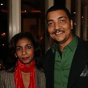 NLD/Bussum/20051212 - Uitreiking Gouden Beelden 2005, Jörgen Raymann en partner Sheila Mannen
