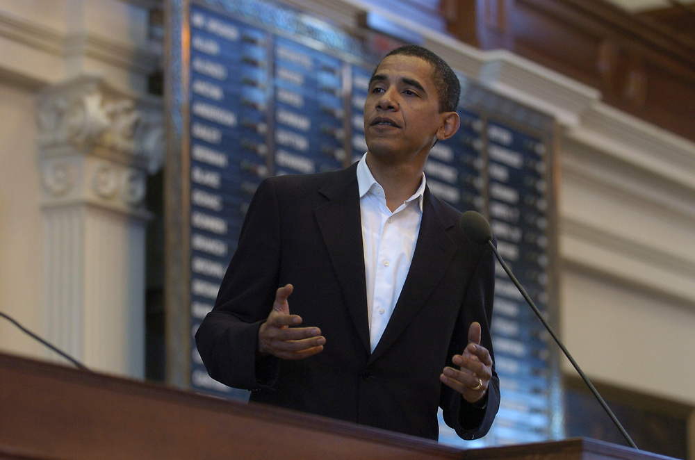 """Austin, Texas:  Senator Barack Obama (D-Illinois) speaks Saturday at the Texas House chamber during a reading from his new book, """"The Audacity of Hope"""" at the 11th-annual Texas Book Festival.  October 28, 2006 ©Bob Daemmrich"""