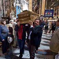 Funerale della partigiana Lucia Ottobrini