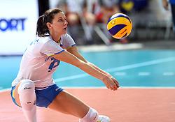 28-09-2015 NED: Volleyball European Championship Polen - Slovenie, Apeldoorn<br /> Polen wint met 3-0 van Slovenie / Marina Cvetanovic #15