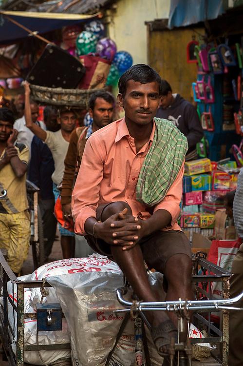 Rickshaw porter, Muslim quarter, Calcutta