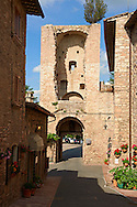 Medieval streets and gateway tower of of Assisi Italy .<br /> <br /> Visit our ITALY HISTORIC PLACES PHOTO COLLECTION for more   photos of Italy to download or buy as prints https://funkystock.photoshelter.com/gallery-collection/2b-Pictures-Images-of-Italy-Photos-of-Italian-Historic-Landmark-Sites/C0000qxA2zGFjd_k .<br /> <br /> Visit our MEDIEVAL ART PHOTO COLLECTIONS for more   photos  to download or buy as prints https://funkystock.photoshelter.com/gallery-collection/Medieval-Middle-Ages-Art-Artefacts-Antiquities-Pictures-Images-of/C0000YpKXiAHnG2k