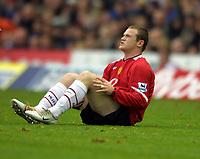 Fotball<br /> Premier League England<br /> 2004/2005<br /> 16.10.2004<br /> Foto: Colorsport/Digitalsport<br /> NORWAY ONLY<br /> <br /> Birmingham City v Manchester United<br /> <br /> Wayne Rooney (Utd) goes down injured after a heavy challenge