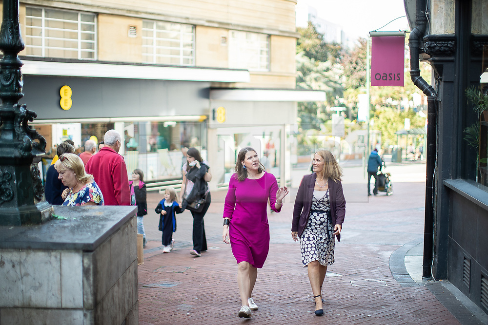© Licensed to London News Pictures . 14/09/2019. Bournemouth, UK. Party leader JO SWINSON (in fuchsia) arrives with Cllr VIKKI SLADE at a visit to a branch of Lush in Bournemouth town centre . The first day of the Liberal Democrat Party Conference at the Bournemouth International Centre . Photo credit: Joel Goodman/LNP