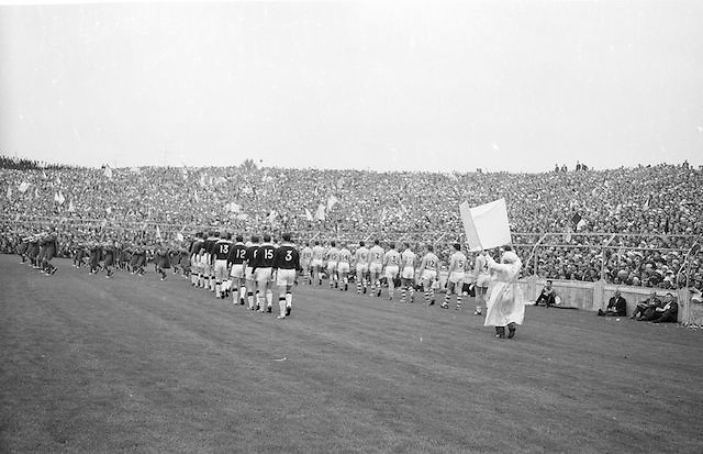 Teams march around Croke Park before the start of the All Ireland Senior Gaelic Football Championship Final Dublin v Galway in Croke Park on the 22nd September 1963. Dublin 1-9 Galway 0-10.