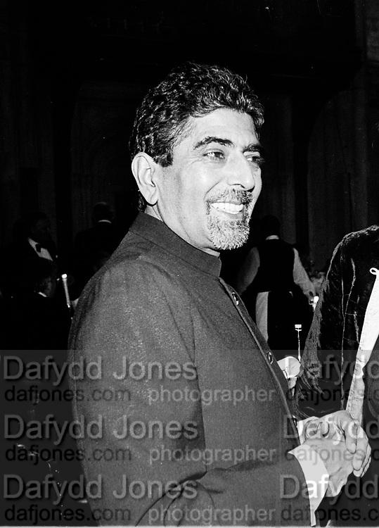 Sonny Mehta. Booker prize dinner. Guildhall. London. 29 October 1996. © Copyright Photograph by Dafydd Jones 66 Stockwell Park Rd. London SW9 0DA Tel 020 7733 0108 www.dafjones.com