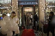 JASMINE GUINNESS, Swiss Smile Clinic Christmas Drinks. Brook St. London. 5 December 2007. -DO NOT ARCHIVE-© Copyright Photograph by Dafydd Jones. 248 Clapham Rd. London SW9 0PZ. Tel 0207 820 0771. www.dafjones.com.