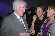 Seamus Heaney, Caroline Michel and Kathy Lette. The Almeida Theatre Charity Christmas Gala, to raise funds for the theatre, at the Victoria Miro Gallery, London.  1 December  2005. ONE TIME USE ONLY - DO NOT ARCHIVE  © Copyright Photograph by Dafydd Jones 66 Stockwell Park Rd. London SW9 0DA Tel 020 7733 0108 www.dafjones.com