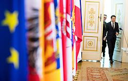 19.12.2017, Bundeskanzleramt, Wien, AUT, Bundesregierung, Pressefoyer nach der Ersten Sitzung des Ministerrats nach der Angelobung der Türkis-Blauen Regierung, im Bild Vizekanzler Heinz-Christian Strache (FPÖ) und Bundeskanzler Sebastian Kurz (ÖVP) // Austrian Vice Chancellor Heinz-Christian Strache and Austrian Federal Chancellor Sebastian Kurz during media briefing after cabinet meeting at federal chancellors office in Vienna, Austria on 2017/12/19 EXPA Pictures © 2017, PhotoCredit: EXPA/ Michael Gruber
