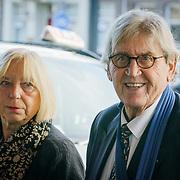 NLD/Amsterdam/20181027 - Herdenkingsdienst Wim Kok, Bram Peper en partner Maria Heiden
