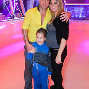 NLD/Hilversum/20130105 - 2de Liveshow Sterren Dansen op het IJs 2013, Andy van der Meyde en partner zwangere Melisa Schaufeli en zoontje Nino (MS)