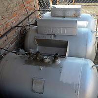 Toluca, México ( Octubre 18, 2016).- Aspectos de tanques estacionarios con gas tipo Licuado del Petroleo (LP). Agencia MVT / Arturo Hernández.