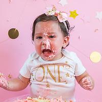 { Alyana's Cake Smash! }
