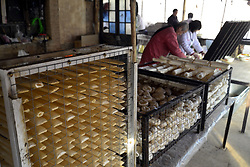February 5, 2018 - Liaochen, Liaochen, China - Liaocheng,CHINA-5th February 2018: Villagers make traditional sugar in Liaocheng, east China's Shandong Province, preparing for the upcoming Spring Festival. (Credit Image: © SIPA Asia via ZUMA Wire)