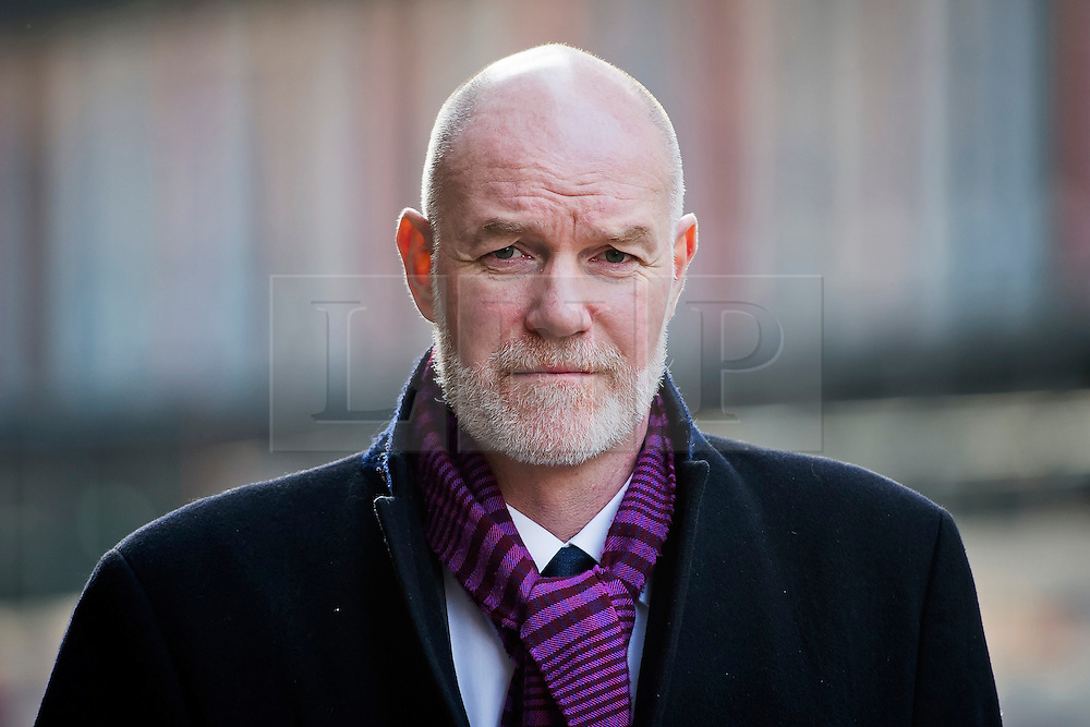 © London News Pictures. 23/01/2015. London, UK. Communications Secretary to TRH The Prince of Wales and The Duchess of Cornwall, PATRICK (paddy) HARVERSON arriving at The Old Bailey court in London to give evidence in the Eleven investigation into allegations of inappropriate payments to police . Photo credit: Ben Cawthra/LNP