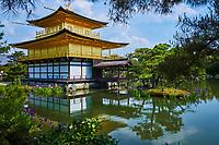 Japon, île de Honshu, région de Kansaï, Kyoto, le temple Kinkaku-ji ou temple du Pavillon d'or // Japan, Honshu island, Kansai region, Kyoto, Kinkaku-ji temple or golden temple