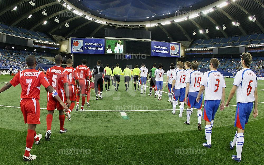 Fussball International U 20 WM  Tschechien 2-1 Panama Einlauf der beiden Mannschaften