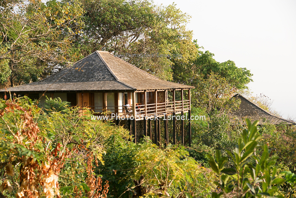 Myanmar, Pakokku, thatch Houses on the banks of the Chindwin river