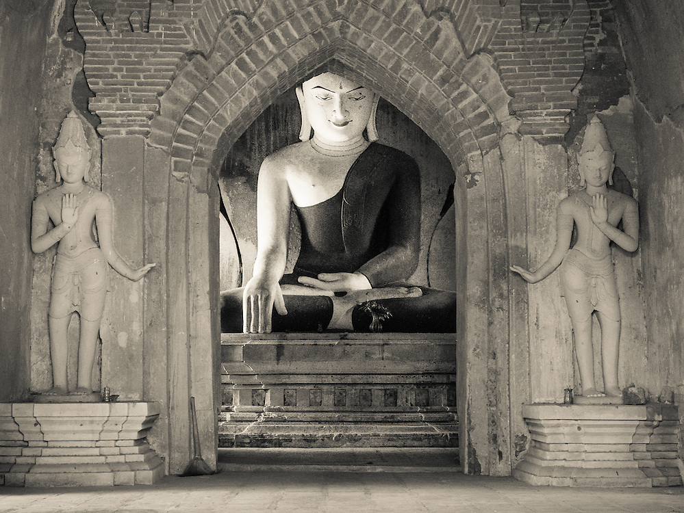 Temple interior, Bagan