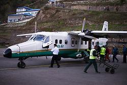 """THEMENBILD - Eine Maschine der nepalesischen Fluglinie """"Tara Air"""" am Tenzing-Hillary Airport in Lukla. Wanderung im Sagarmatha National Park in Nepal, in dem sich auch sein Namensgeber, der Mount Everest, befinden. In Nepali heißt der Everest Sagarmatha, was übersetzt """"Stirn des Himmels"""" bedeutet. Die Wanderung führte von Lukla über Namche Bazar und Gokyo bis ins Everest Base Camp und zum Gipfel des 6189m hohen Island Peak. Aufgenommen am 08.05.2018 in Nepal // Trekkingtour in the Sagarmatha National Park. Nepal on 2018/05/08. EXPA Pictures © 2018, PhotoCredit: EXPA/ Michael Gruber"""