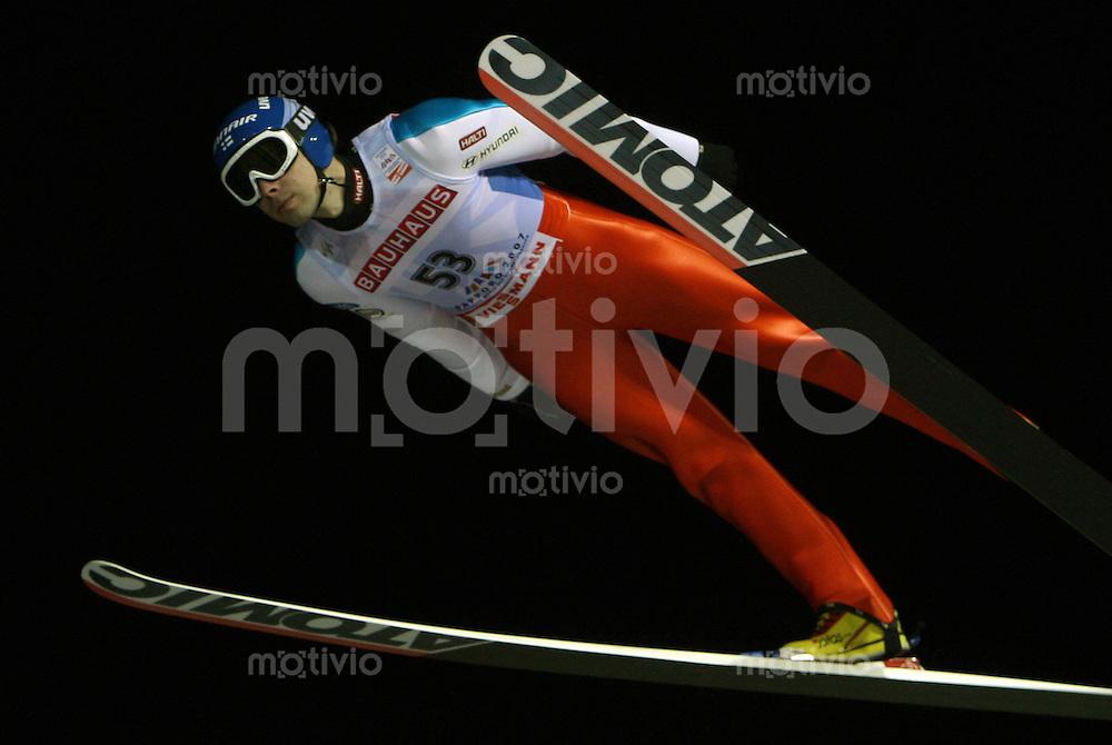 Sapporo , 020307 , Nordische Ski Weltmeisterschaft  Skispringen Kleinschanze Qualifikation , Matti HAUTAMAEKI (FIN)