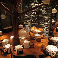 South America, Peru, Urubamba. Hawa Dining Room at Tambo del Inka Resort & Spa in the Sacred Valley.