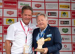 11.07.2019, Kitzbühel, AUT, Ö-Tour, Österreich Radrundfahrt, Siegerehrung der 5. Etappe, von Radstadt nach Fuscher Törl (103,5 km), im Bild v.l. Franz Steinberger (Ö-Tour Direktor), Dir. Harald Mayer, (ÖRV Präsident) // f.l. Franz Steinberger tour direktor tour of Austria Dir. Harald Mayer präsident of Austrian cycling federation during the winner ceremony of the 5th stage from Bruck an der Glocknerstraße to Kitzbühel (161,9 km) of the 2019 Tour of Austria. Kitzbühel, Austria on 2019/07/11. EXPA Pictures © 2019, PhotoCredit: EXPA/ Reinhard Eisenbauer
