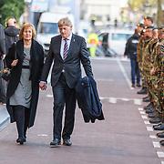 NLD/Amserdam/20150505 - Bevrijdingsconcert 2015 Amsterdam, staatssecretaris Martin van Rijn en partner