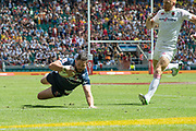 Twickenham, United Kingdom. 2nd June 2018, HSBC London Sevens Series. Game No. 16. Pool, C.  Danny BARRETT, dives in to touch down for first try, during the  England vs USA,  played at  the RFU Stadium, Twickenham, England, <br /> <br /> <br /> © Peter SPURRIER/ Alamy Live News
