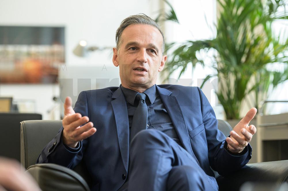 24 JUL 2020, BERLIN/GERMANY:<br /> Heiko Maas, SPD, Bundesaussenminister, waehrend einem Interview, in seinem Buero, Auswaertiges Amt<br /> IMAGE: 20200724-01-032<br /> KEYWORDS: Buero