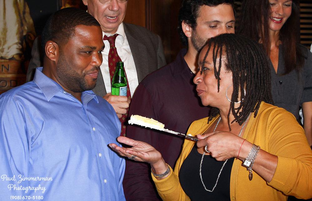 23 September 2009 - New York, NY - Anthony Anderson and S. Epatha Merkerson. Law and Order's 20th Season Kickoff twenty years of arresting drama. Photo Credit: Paul Zimmerman/AdMedia