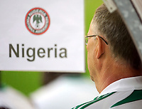 Fotball<br /> Nigeria v Saudi Arabia<br /> Wattens Østerrike<br /> 25.05.2010<br /> Foto: Gepa/Digitalsport<br /> NORWAY ONLY<br /> <br /> FIFA Weltmeisterschaft 2010 in Suedafrika, Vorberichte, Vorbereitung, Vorbereitungsspiel, Freundschaftsspiel, Laenderspiel, Nigeria vs Saudi-Arabien. <br /> <br /> Bild zeigt Teamchef Lars Lagerbäck (NGR).