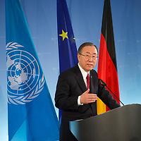 DEU, Deutschland, Germany, Berlin, 30.01.2014: <br />UN-Generalsekretär Ban Ki-moon bei einer Pressekonferenz im Auswärtigen Amt.