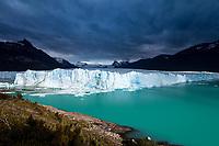 GLACIAR PERITO MORENO, PARQUE NACIONAL LOS GLACIARES, PROVINCIA DE SANTA CRUZ, PATAGONIA, ARGENTINA (PHOTO © MARCO GUOLI - ALL RIGHTS RESERVED)