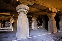 Inde, état de Maharashtra, Ellora, grottes d'Ellora classées au Patrimoine mondial de l'UNESCO, grotte N°29 // India, Maharashtra, Ellora cave temple, Unesco World Heritage, cave N°29