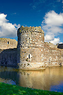Beaumaris Castle built in 1284 by Edward 1st, considered to be one of the finest example of 13th century military architecture by UNESCO. A Unesco World Heritage Site. Beaumaris, Anglesey Island, Wales. .<br /> <br /> Visit our WALES HISTORIC PLACES PHOTO COLLECTIONS for more photos to browse or download or buy as prints https://funkystock.photoshelter.com/gallery-collection/Images-of-Wales-Welsh-Historic-Places-Pictures-Photos/C0000UEicBhu1tQM<br /> .<br /> Visit our MEDIEVAL PHOTO COLLECTIONS for more   photos  to download or buy as prints https://funkystock.photoshelter.com/gallery-collection/Medieval-Middle-Ages-Historic-Places-Arcaeological-Sites-Pictures-Images-of/C0000B5ZA54_WD0s