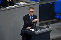 DEU, Deutschland, Germany, Berlin, 10.11.2016: Prof. Dr. Lars Castellucci (SPD) bei einer Rede im Deutschen Bundestag.